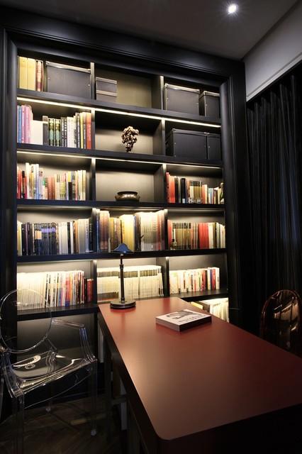 chris-lee-homes-bookshelf-subtle-LED-lighting