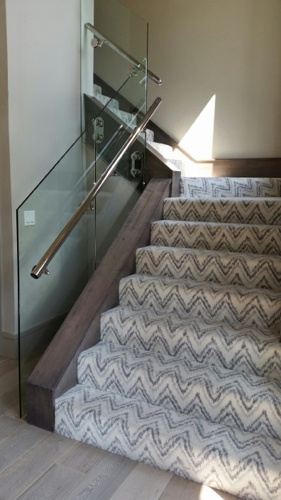 chris-lee-homes-driving-home-feature-designs-2016-staircase-front